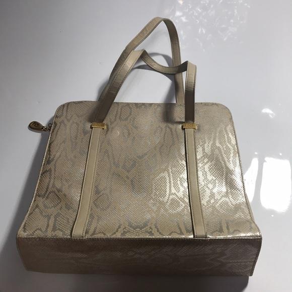 Escada Purse   Bag Women s!!♥ 😊 Great Condition!! 29a073c35a690